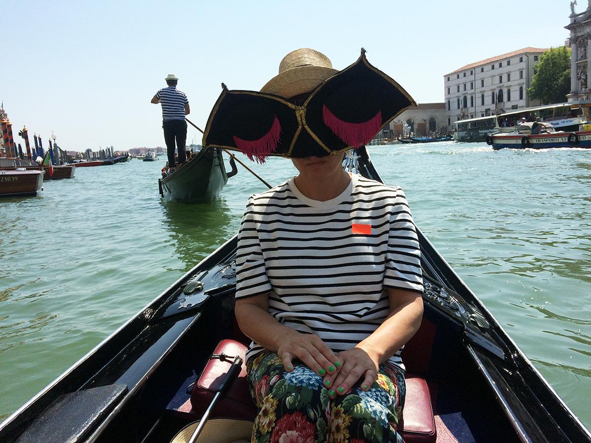 Blind Gondola Tour. Photo: Another tourist